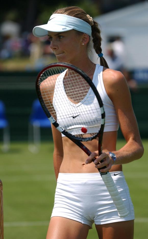 女子プロテニス選手のおっぱいが相当エロいと話題な件!wwwwwww003_20161002020324293.jpg