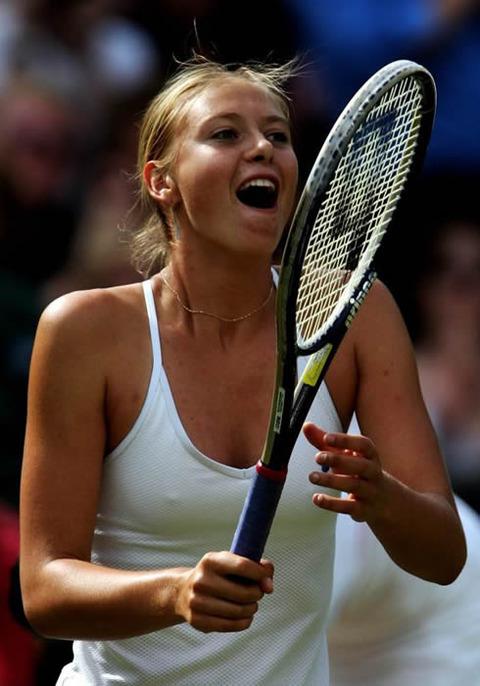 女子プロテニス選手のおっぱいが相当エロいと話題な件!wwwwwww008_20161002020441092.jpg