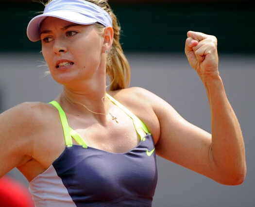 女子プロテニス選手のおっぱいが相当エロいと話題な件!wwwwwww013_20161002020534f3d.jpg
