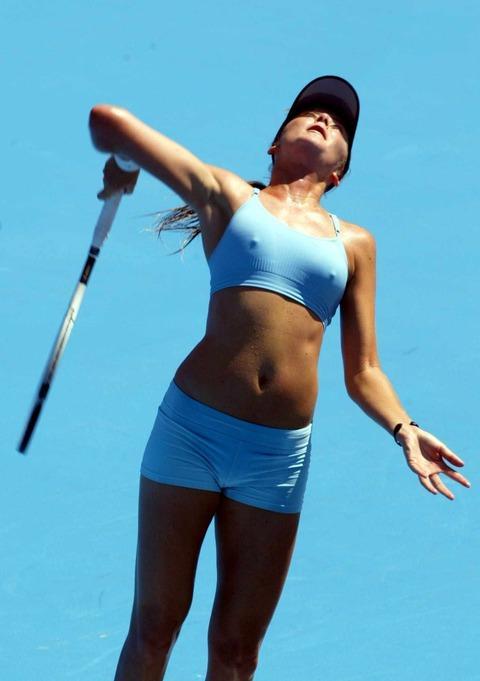 女子プロテニス選手のおっぱいが相当エロいと話題な件!wwwwwww016_20161002020553c59.jpg