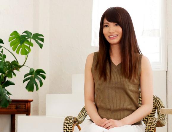 【エロ動画】モデルのように綺麗な女子大生がAVデビューしちゃう時代!01_20160830205345548.png