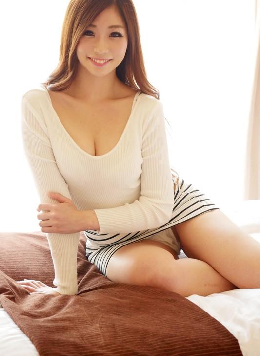【エロ動画】元アスリートの現役受付嬢がAVデビュー!「初めてこんなに汚されました」01_20160908115439d22.png