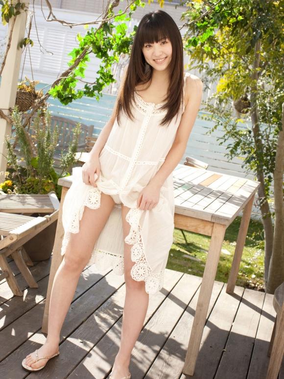 オスカーモデル「船岡咲」ちゃんがちっぱいだけどかわいい!【画像30枚】022_20160908135814389.jpg
