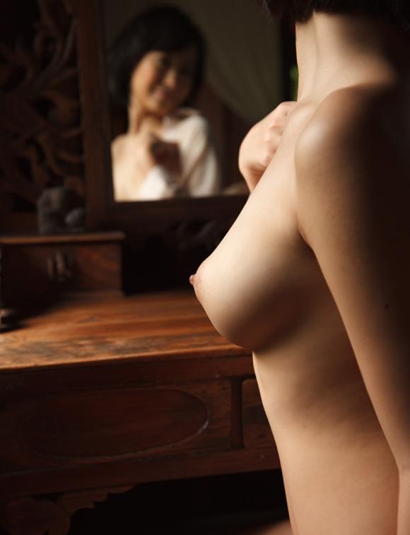 【芸術的ヌード】うっとりする程美しい女体がコレwwwwwwwwwww【画像30枚】02_20160831015821b13.jpg