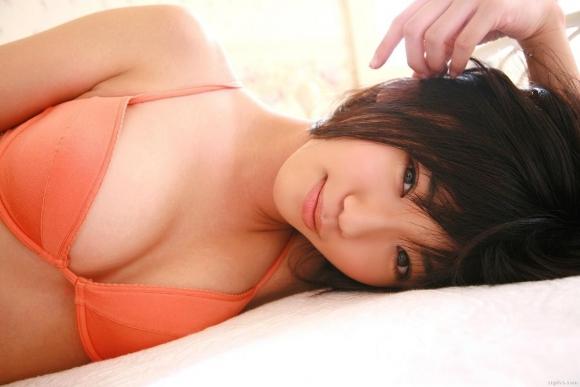 Eカップグラドル「松嶋初音」ちゃんのセクシー画像集めました!【画像30枚】02_20160916010920e47.jpg