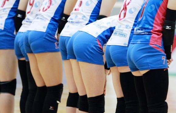 女子バレーボール選手のお尻ってこんなにエロかったんだwwwwwww【画像30枚】04_201706160410464d9.jpeg