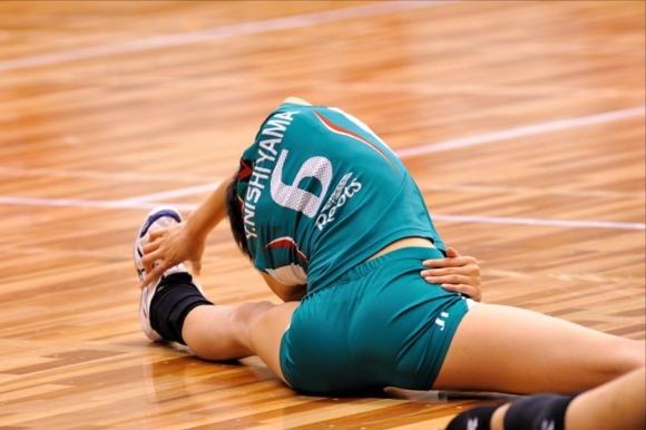 女子バレーボール選手のお尻ってこんなにエロかったんだwwwwwww【画像30枚】06_20170616041049920.jpeg