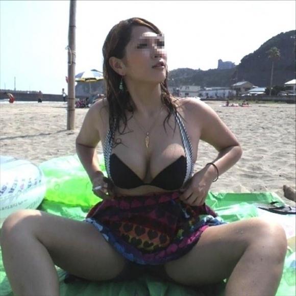 【水着エロ画像】ボインボインの素人女子の水着姿って反則すぎるでしょwwwwwww【画像30枚】06_20170909122539a1e.jpg