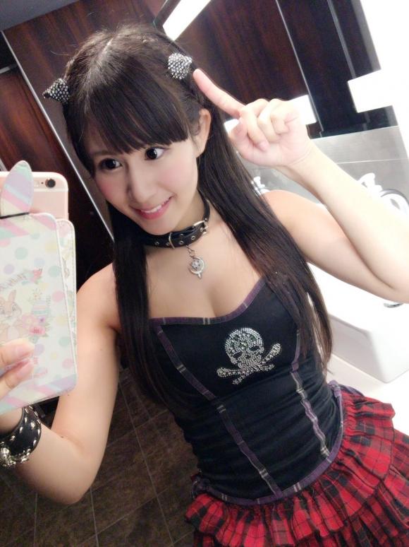 Gカップ仮面女子メンバー「水沢まい」ちゃんの自撮りおっぱいにノックアウト!07_2016090521295447f.jpg