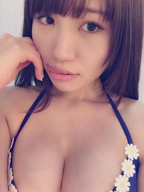 SIRのGカップメンバー「夏希リラ」ちゃんのおっぱい写メ画像が凄い!【画像30枚】08_20160913010807ad3.jpg