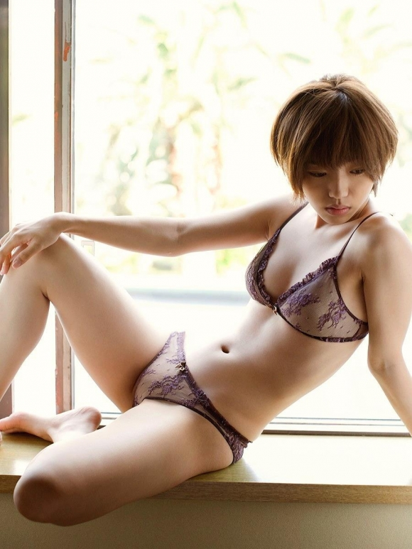 Eカップグラドル「松嶋初音」ちゃんのセクシー画像集めました!【画像30枚】08_20160916011253071.jpg