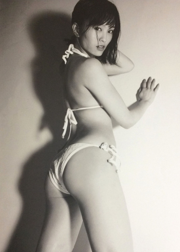 NMB48山本彩ちゃんのミニスカサンタ姿&プリケツがエロすぎて我慢できません!wwwwwww【画像30枚】08_201612281459594b3.jpg