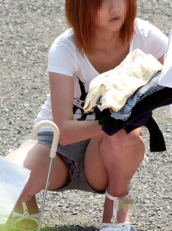 ショーパンとかホットパンツとかから大事なモノが見えちゃってる女の子ってwwwwwww【画像30枚】11_201707071449537df.jpeg