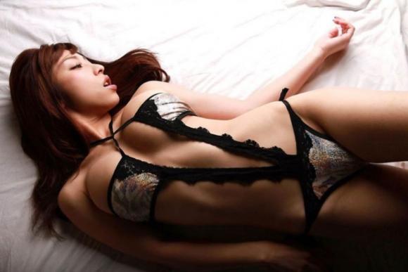 セクシーランジェリーの良い女のソソる画像貼ってくwwwwwww【画像30枚】11_201709191138531bb.jpg