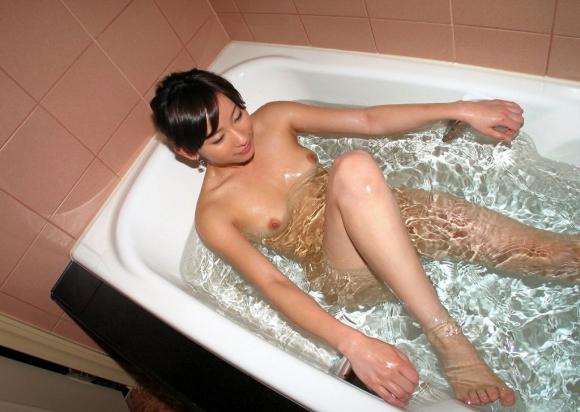 お願いですwww美女がお風呂に入ってる画像をくださいwwwwwww【画像30枚】13_20170319124721c5b.jpeg