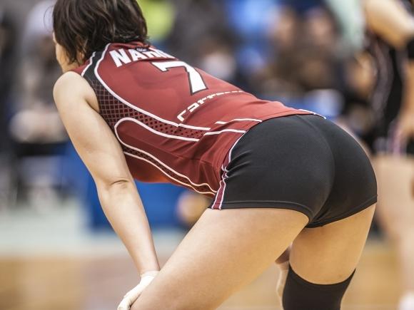 女子バレーボール選手のお尻ってこんなにエロかったんだwwwwwww【画像30枚】13_201706160412049f8.jpeg
