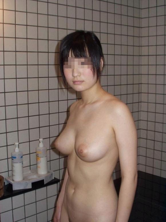 お風呂に入ってる彼女を撮ったエロイイ写メをうpしちゃう彼氏が増殖中だからマジで注意なwwwwwww【画像30枚】15_201611250221551b2.jpg