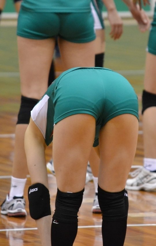 女子バレーボール選手のお尻ってこんなにエロかったんだwwwwwww【画像30枚】15_201706160412077dd.jpeg