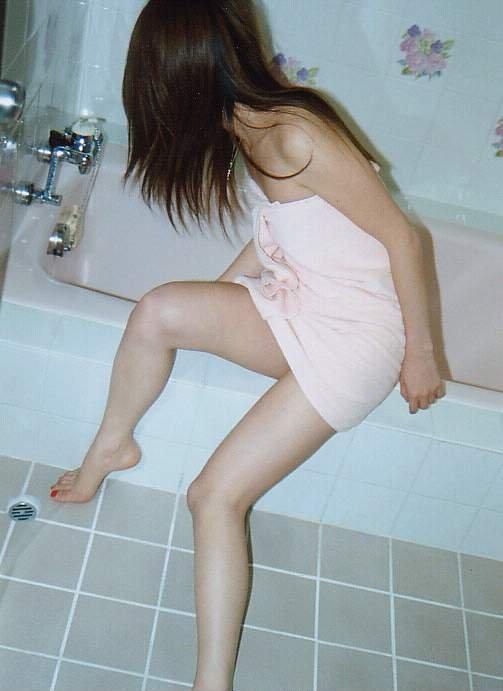 【流出画像】ラブホでシャワー浴びたての彼女を撮った画像がザワつくレベルにエロいwwwwwww【画像30枚】15_20170812015852bfc.jpg