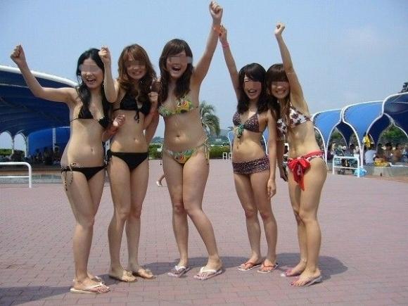 暑くなってきたからリア充水着女子のエロ画像をくださいwwwwwww【画像30枚】16_20170602102817e26.jpeg