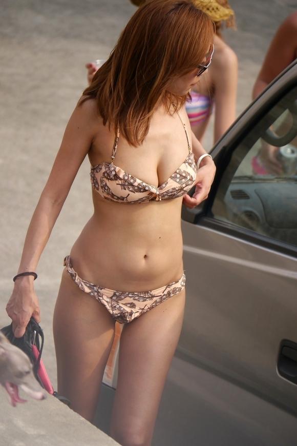 【水着エロ画像】ボインボインの素人女子の水着姿って反則すぎるでしょwwwwwww【画像30枚】16_2017090912271773f.jpg