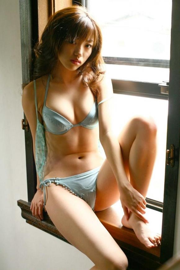 Eカップグラドル「松嶋初音」ちゃんのセクシー画像集めました!【画像30枚】18_201609160115136de.jpg