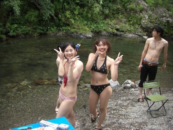 暑くなってきたからリア充水着女子のエロ画像をくださいwwwwwww【画像30枚】18_20170602102820f03.jpeg