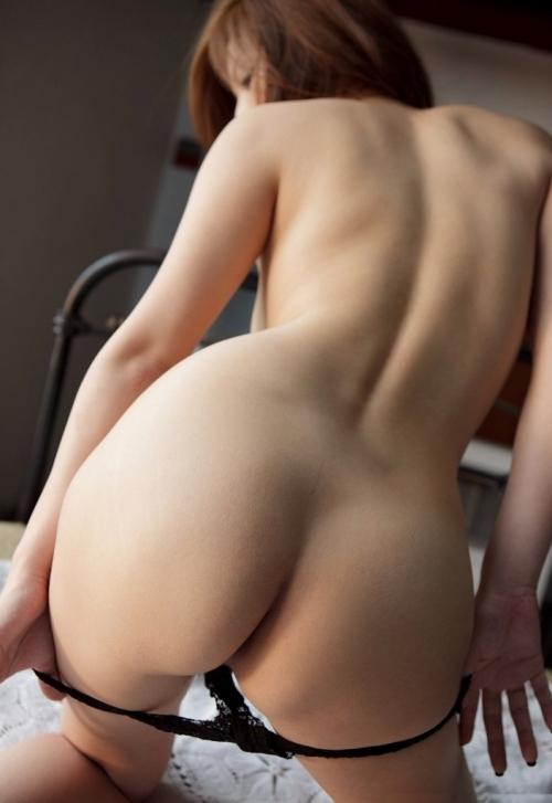 【脱衣エロ画像】ちょ・・・まってwww今履いてるパンティを脱いでる女の子の様子がくっそエロいんだがwwwwwww【画像30枚】18_20170706144140272.jpeg