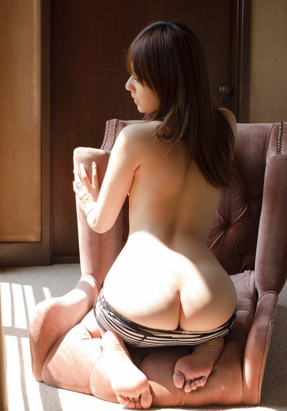 【フェチ】女の子の背中がゾクゾクする程エロスを感じる画像をくださいwwwwwww【画像30枚】19_20160830000748e0b.jpg