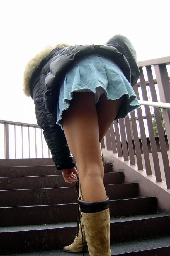 街にいる素人女子の下半身露出がハンパなさすぎてエロすぎるwwwwwwwwwww19_20160923114537e16.jpg