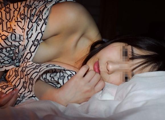 彼女と温泉旅行行った時に撮影したエロ画像をうpしちゃう変態彼氏wwwwwww【画像30枚】19_201707221236027f6.jpeg
