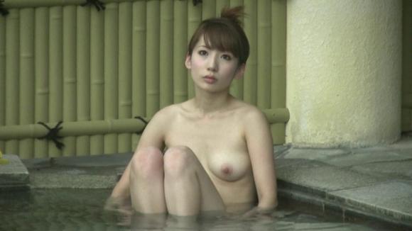 最新の望遠レンズの性能やべえwww狙われた美少女のピッチピチな入浴姿の盗撮画像が大量流出!wwwwwww20_2016102100195377d.jpg