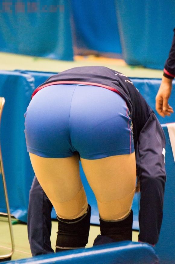 女子バレーボール選手のお尻ってこんなにエロかったんだwwwwwww【画像30枚】20_20170616041215c63.jpeg