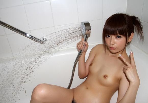 ちょ・・・まってwwwシャワー浴びてる女の子が想像以上にくっそエロくて大変なんだがwwwwwww【画像30枚】20_20170817130659dbb.jpg