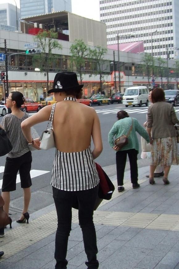 猛暑ならではの素人女子の薄着姿がエロいwwwwwww【画像30枚】23_20170713104305416.jpeg