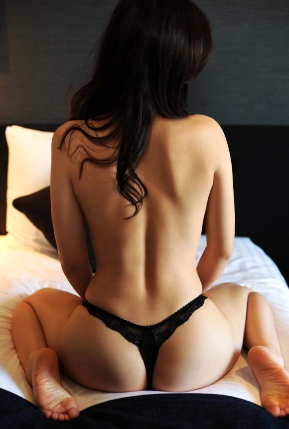 【フェチ】女の子の背中がゾクゾクする程エロスを感じる画像をくださいwwwwwww【画像30枚】24_20160830000836be5.jpg