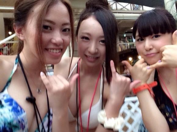 東京サマーランドに行くのがワクワクする素人の水着キャピキャピ画像wwwwwww【画像30枚】27_20170902021439735.jpg
