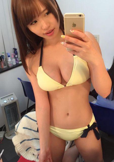 SIRのGカップメンバー「夏希リラ」ちゃんのおっぱい写メ画像が凄い!【画像30枚】29_20160913011010c13.jpg