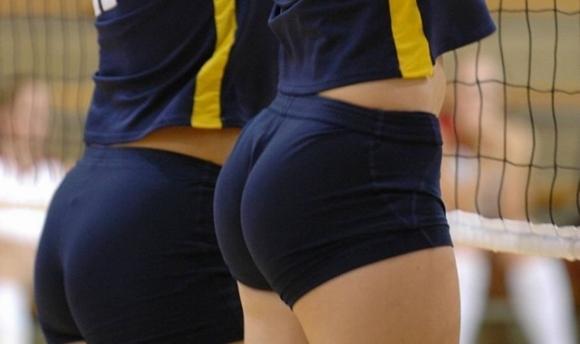 女子バレーボール選手のお尻ってこんなにエロかったんだwwwwwww【画像30枚】29_20170616041257d69.jpeg