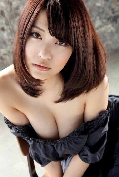 【寄せ乳】女の子が寄せてるおっぱいがエロすぎるwwwwwww【画像30枚】30_20170318142813fc5.jpeg