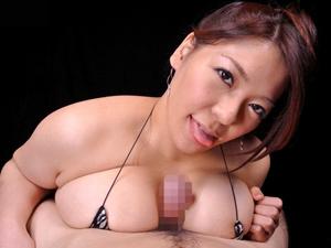 【杏美月】Jカップのスゴイ乳圧のパイズリで顔までザーメンが飛ぶ大量狭射!!