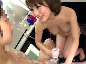 【本田莉子】少年とお風呂に入って意地悪な泡手コキで弄ぶショタコン神乳痴女【おねショタ】