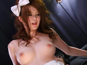 【桐原エリカ】お店が暇なのでボーイにセンズリを強要してSEXしちゃう痴女キャバ嬢!