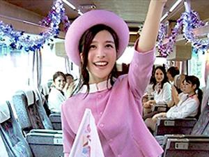 古川いおり デカデカバスツアーの裏側でノーパン・飛びっこ・即ハメと好き放題やられていたアイドルがこちら…