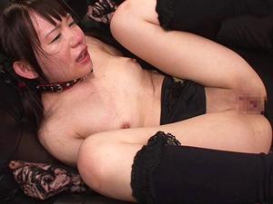 【小西まりえ】首輪をつけられた美少女が口と膣と肛門に中出しされ続ける3穴ファック!!