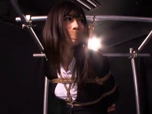 【大槻ひびき】キャバ嬢になりすましての潜入に失敗して拘束され快楽責め拷問される美人捜査