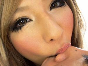 【立花樹里亜】舐めて愛情表現する黒ギャルがシックスナインでお互いの性器を舐め合い顔舐め手コキで射精させる!
