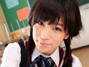 【高橋しょう子】最強グラビアアイドル制服美少女に教室で手コキフェラで抜いてもらい大量顔射しちゃいます!