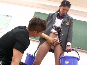 【瀧川花音】鬼畜コーチのセクハラに耐え根性で連続絶頂しまくるアスリート長身美少女
