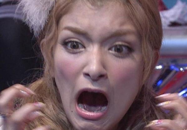【※速報】ローラ、インスタにチクビ動画を誤爆→発見
